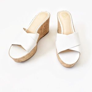 VINCE CAMUTO White Strap Cork Slip On Sandals